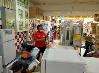 うるま店にて小学生からのインタビューを受けました!